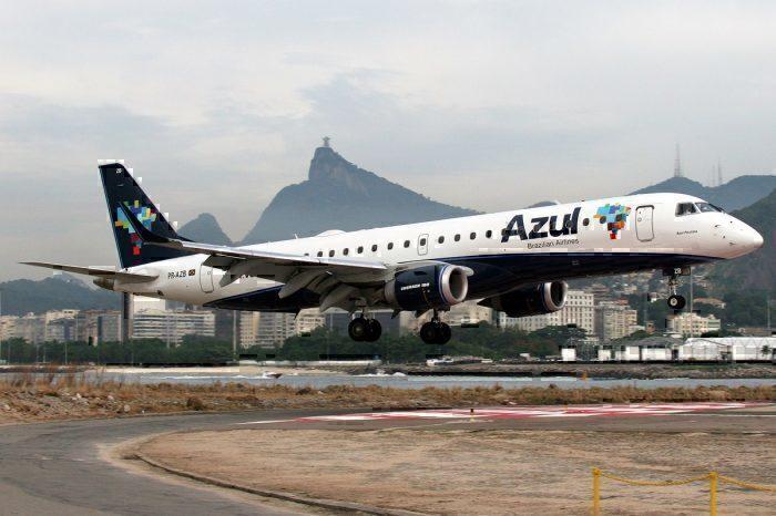 Azul Embraer E190