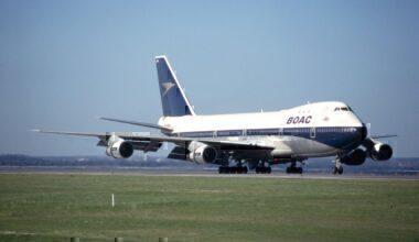Boeing 747 of BOAC