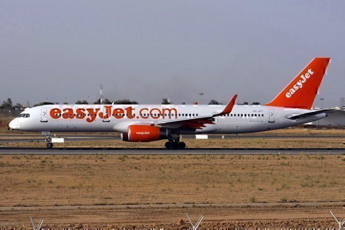 easyJet 757