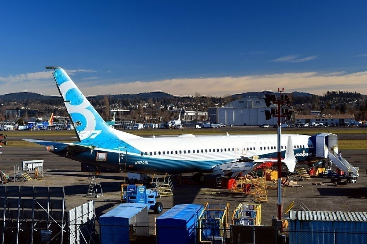 737 MAX parked