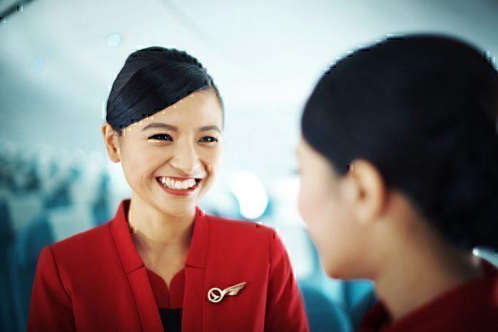 Cathay Deragon flight attendent