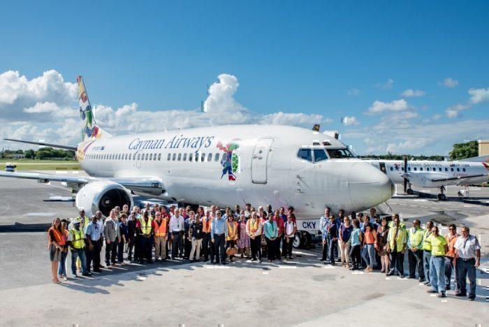 Cayman Airways 737-300