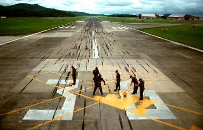 Air India, Male, Incomplete Runway