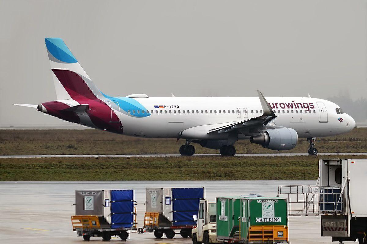 D-AEWQ, Airbus A320-214