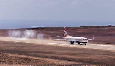 A Comair Boeing 737