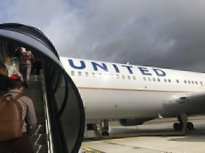 Boarding United Boeing 767-300ER