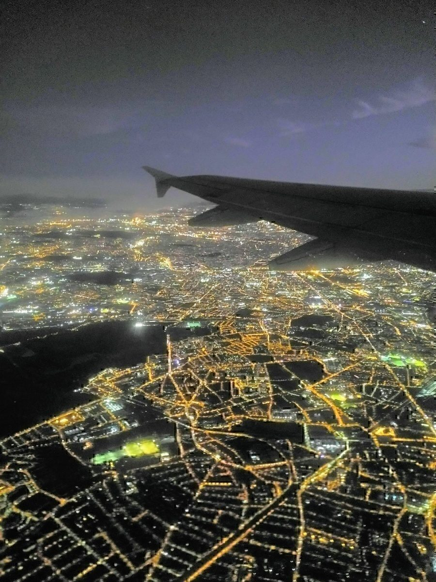 View of Paris from AF A319 1