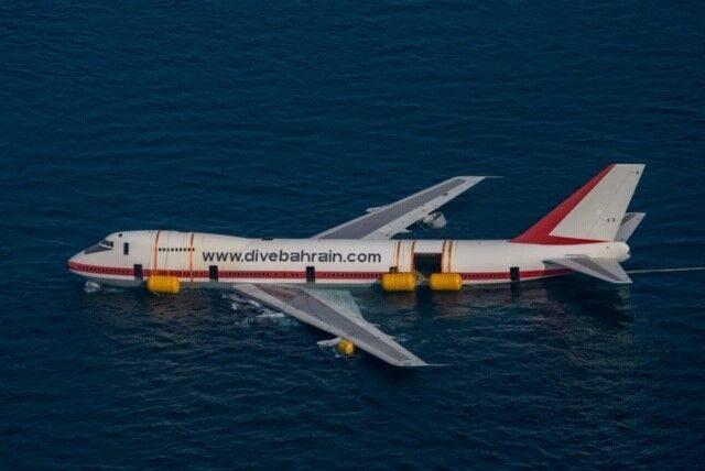 Dive Bahrain, Sunken Boeing 747, Diving Boeing 747