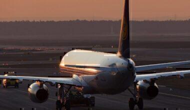 LH A320 sunset
