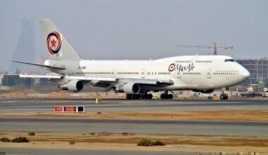 MaxAir_Boeing_747-300_UR-SDV-1