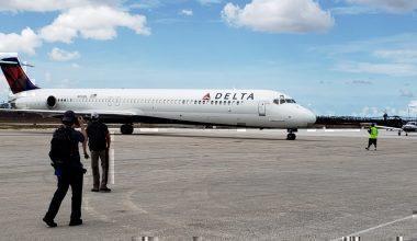 Delta Flight 9994 ready to set off for the Bahamas.