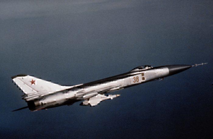 A Suknoi Su-15