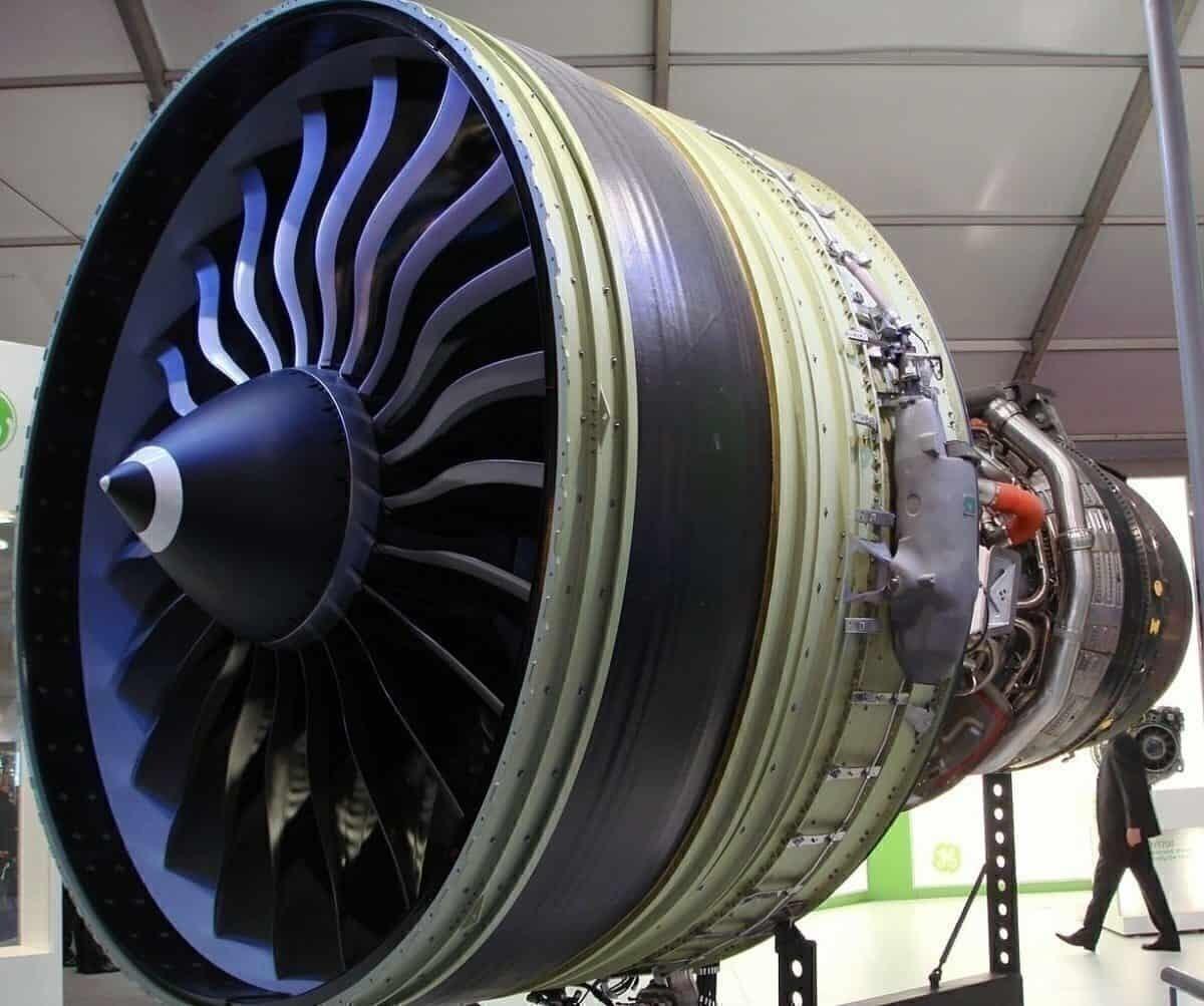 GE 90 Engine