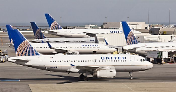 A United Airlines Airbus A319
