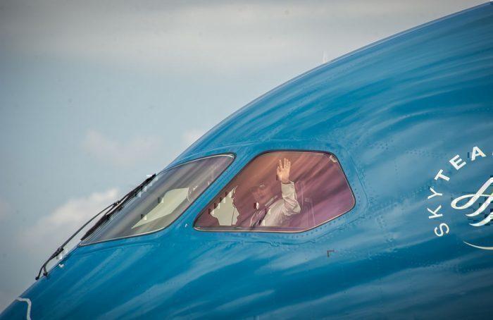 A Vietnam Airlines Boeing 787 Dreamliner