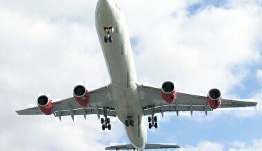 Virgin A340 taking off