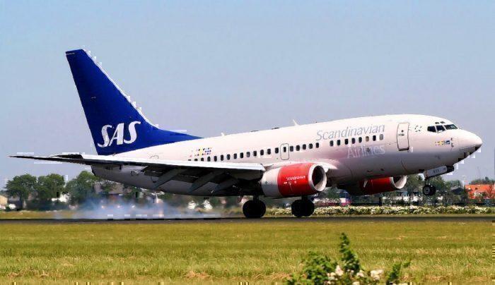 B737 landing