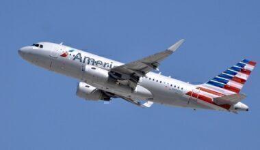 American A319 take off