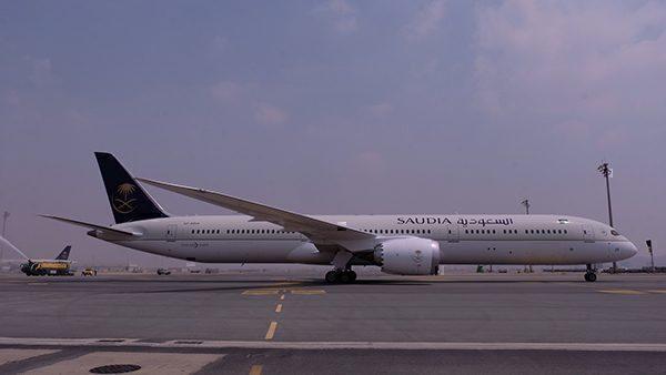 SAUDIA's new 787-10 arrives in Jeddeh