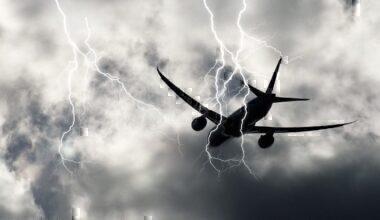 Aircraft lightning