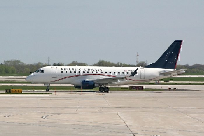 Republic Airways Embraer E170 Temporarily Loses Power To Both Engines