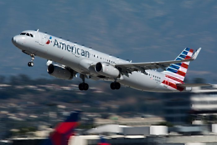 An American Airlines Airbus A321