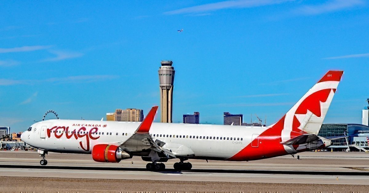 Air Canada Rouge Boeing 767-33A(ER)
