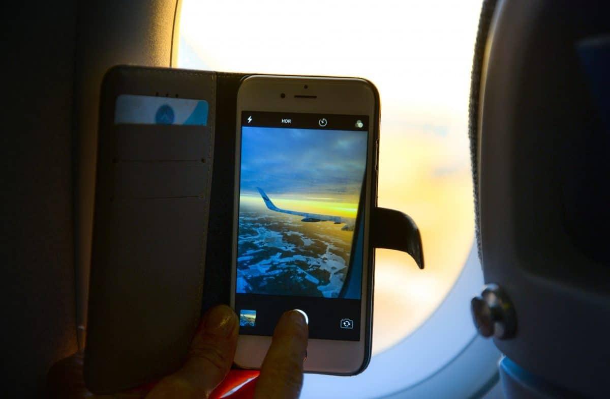 Mobile on plane