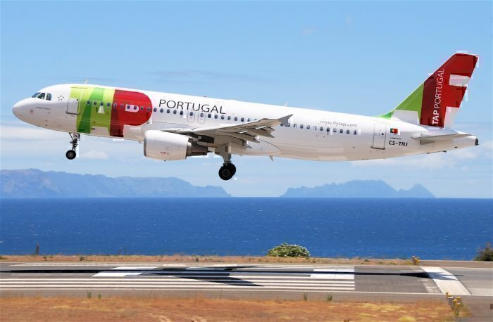 A TAP Air Portugal Airbus A320-214