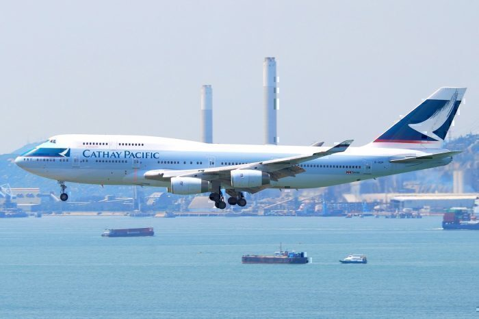 A Cathay Pacific Boeing 747