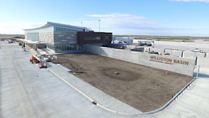 new airport williston ND