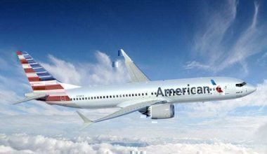 American-Airlines-Boeing-737-MAX-8-700x458
