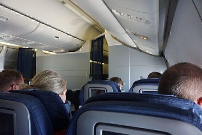 cabin atmosphere, plane interior