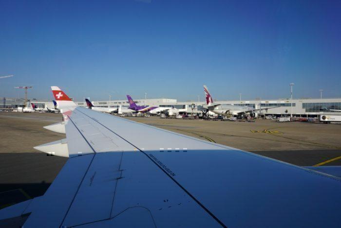 taxing, BRU Airport