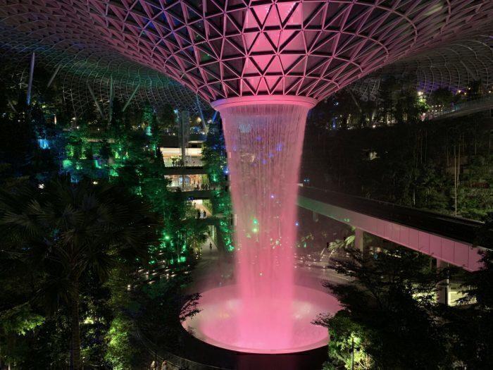 Changi Airport, Waterfall