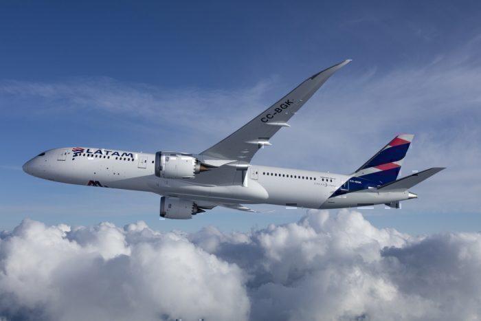 LATAM Boeing 787 Dreamliner - volando 7