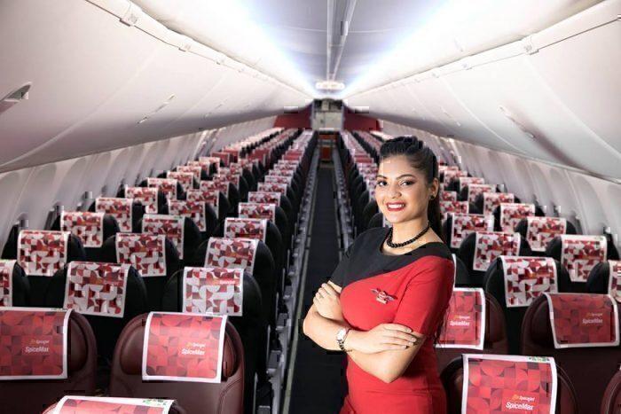 inside a spicejet 737 cabin