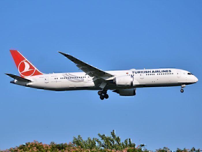 A Turkish Airlines Boeing 787 Dreamliner
