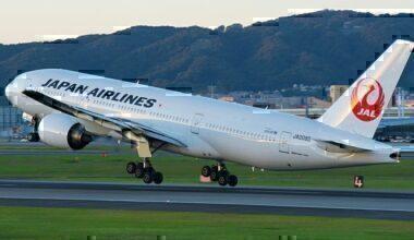 japanese-flights-cancelled-typhoon
