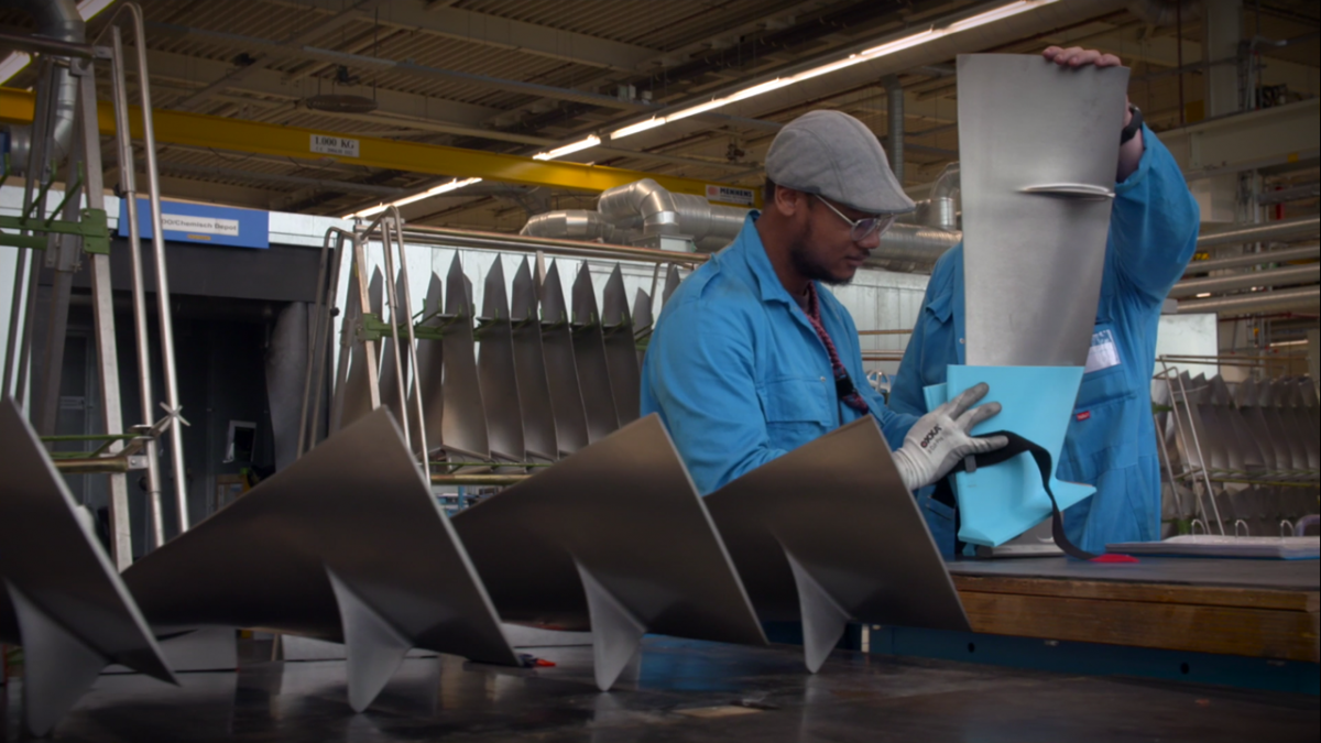 KLM Is Making Tools To Repair Aircraft From Recycled Plastic Bottles