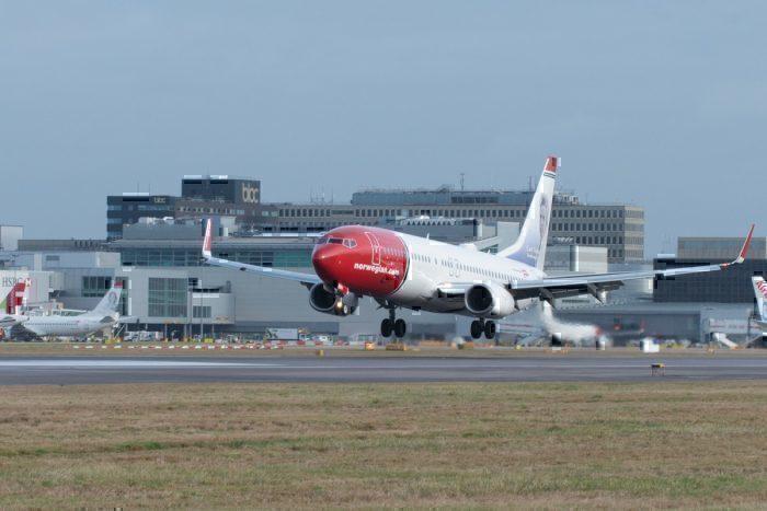 NAS B737 landing