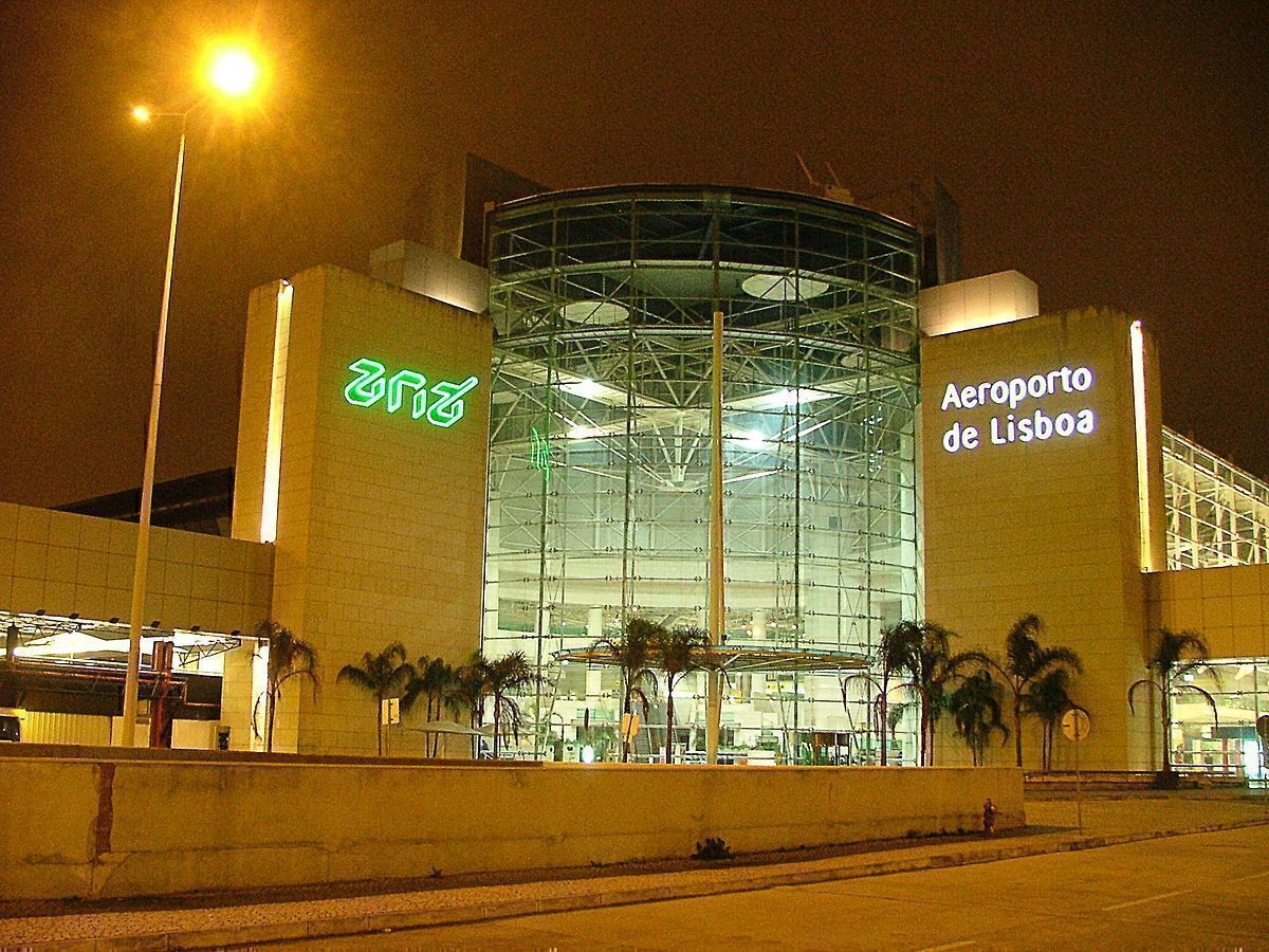 Lisbon Airport To Close Overnight For Five Months