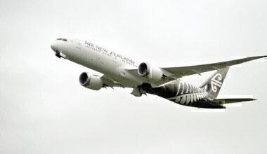 Air New Zealand Boeing 787-9 Dreamliner ZK-NZD NZ175 AKL->PER dep AKL