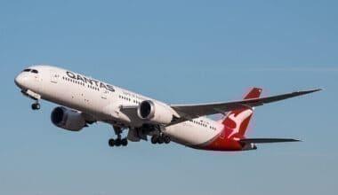 Boeing 787 Dreamliner - Qantas - VH-ZNB