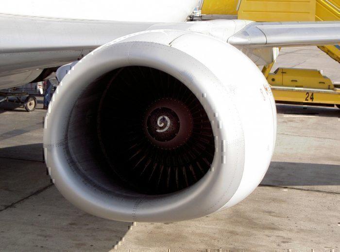 Boeing 737-400 CFM Engine
