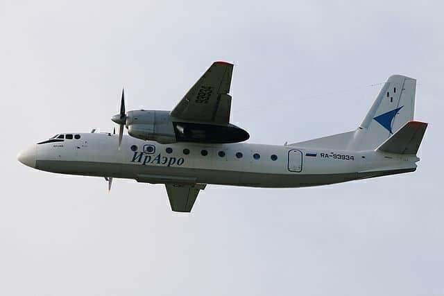 640px-Antonov_An-24B,_IrAero_AN1577030