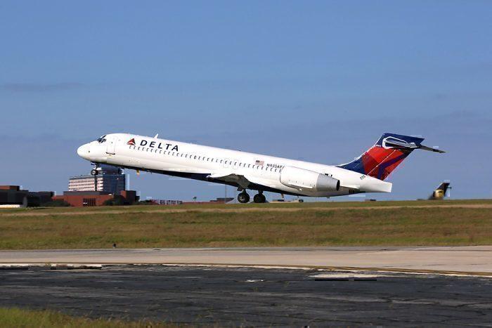 Delta Air Lines 717