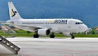 FlyBosnia_second_A319_(E7-FBB)