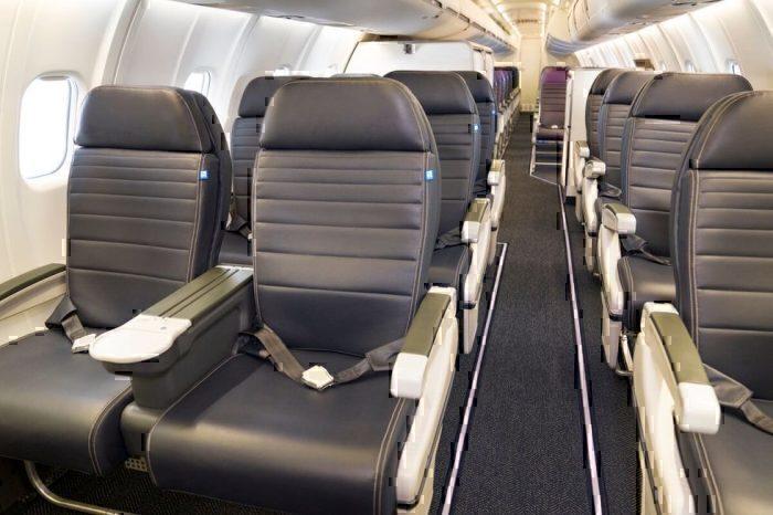 United CRJ-550 Interior