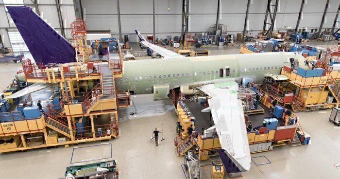 flyadeal A320